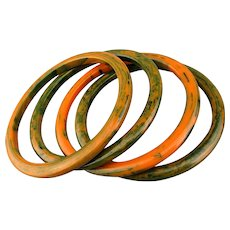 Set 4 Bakelite Bangle Bracelets Marbled Orange / Green