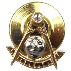 Old 14K Gold Masonic Lapel Tie Pin Mason Face w/ Diamond
