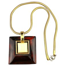 Modernist Crown Trifari Marbled Lucite Pendant Necklace