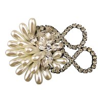 Great Gaudy Glam Rhinestone Faux Pearl Pin 1980s Classic