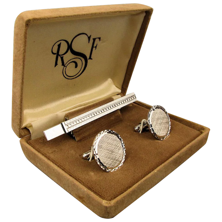 Select Gifts Beche England Heraldry Crest Sterling Silver Cufflinks Engraved Message Box