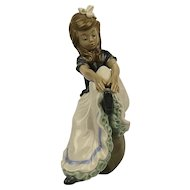 Vintage Lladro Daisa Figurine Girl Reaching For Shoe