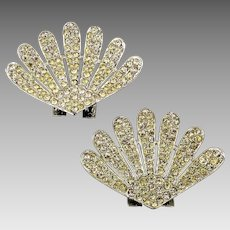 Pair of Vintage TIP TOE Rhinestone Clamshell Shoe Clips