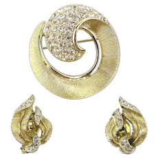 Designer LISNER Rhinestone Pin w/ Earrings Set