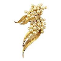 Crown Trifari Faux Pearl Clusters Pin Brooch