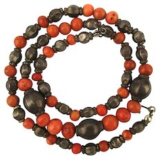 Old Handmade Spiny Oyster Coral Sterling Silver Bead Necklace