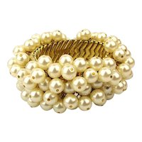Vintage 1960s Faux Pearl Covered Cha-Cha Bracelet - Stretch Expansion