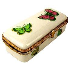 France Decor de Limoges Porcelain Box w/ Butterflies