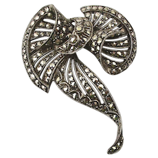 Art Deco Marcasite Sterling Silver Pin Brooch - Great Curves