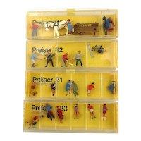 Preiser Miniature Handpainted Figures for Train Architecture Scenes Boxed 1960s