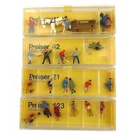 Preiser Miniature Handpainted Figures for Train Architecture Scenes Boxed 1960s