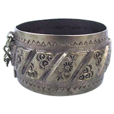 Old Moroccan Berber Silver Bracelet - Cast Etched Heavy Unique