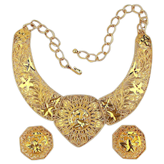 Jose Barrera Collar Necklace Earrings Boxed Set Bold Open Gilt Design