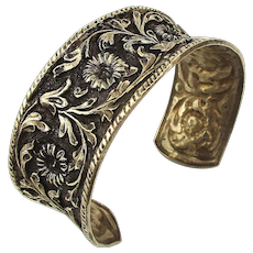 Old Peruzzi Style Repoussé  Cuff Bracelet 800 Silver Florence Italy