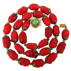 Vintage Italian Glass Red Berry Strawberry Bead Fruit Necklace