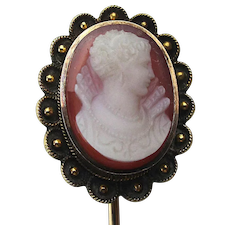 Victorian 14K Gold Carved Hardstone Cameo Stickpin Scarf Pin Famous Queen
