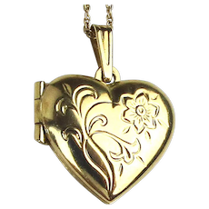 Vintage 14K Gold Heart Locket Necklace - Etched Floral
