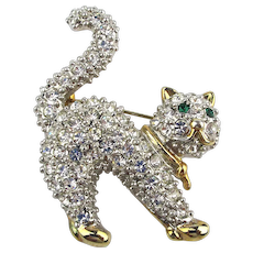 Fancy Crystal Rhinestone Covered Scaredy Cat Pin Brooch