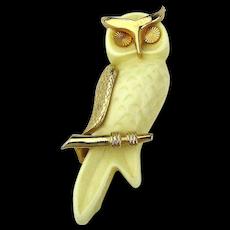 Big Vintage Lucite Owl Pin Brooch