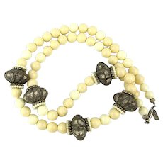 Vintage Pauline Rader Cream Lucite Necklace w/ Tribal Beads
