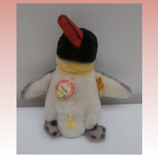 Steiff Peggy Penguin 1965 to 1967, Steiff Button and Chest Tag