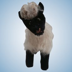 Steiff Snucki Mountain Sheep , Steiff Button