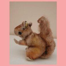 Steiff Smallest, Perri Squirrel 1959 to 1964, Walt Disney Movie , Button