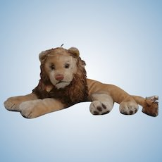 Steiff Leo Lying Lion, Steiff Button/ Chest Tag