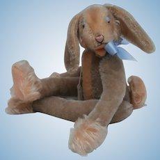 Lovely Steiff Lulac Rabbit, Steiff Button, 1959 to 1964