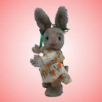SweeT Steiff Ossili Rabbit , Steiff Button, 1962 to 1974