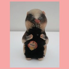 Steiff Diggy Badger 1959 to 1966,  Chest Tag