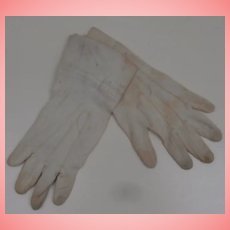 Early Pair Cotton Large Doll Gloves, Child's Gloves