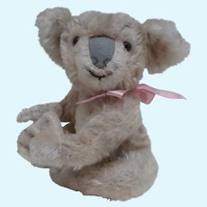 Lovely MIddle Size Steiff Koala,1955 to 1961, No Id's