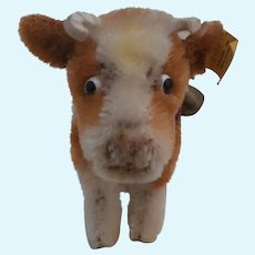 Steiff Bessy Cow . Steiff Button , 1968 to 1973