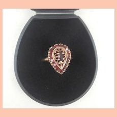 Lovely Tear Drop Design 9ct Gold Ring with Garnet Stones