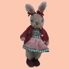 Wonderful Helga, Petz Bunny Rabbit 1950's
