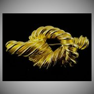 Exceptional Gold Tone Brooch by Carolee