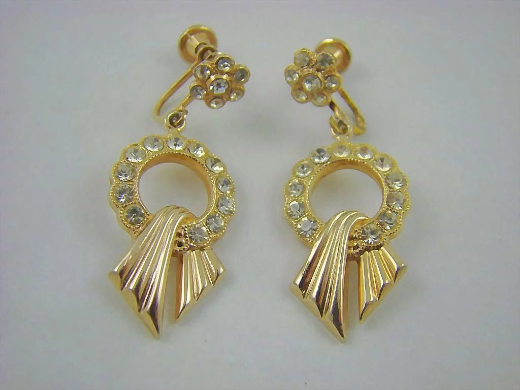 Art deco rhodium plated rhinestone dangle earrings for Deco veranda