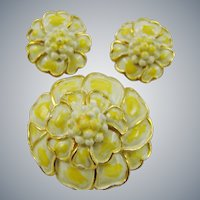 Pale Yellow Hollycraft Demi Parure