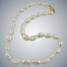 Freshwater White Cultured Baroque Pearl Choker