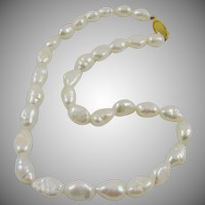 Freshwater White Cultured Baroque Pearl Choker