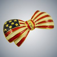 Joan Rivers American Flag Bow Tie Brooch