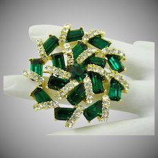 1950s Hollywood Glamour Emerald and Clear Colored Rhinestone Brooch