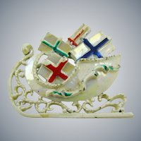 Christmas Sleigh with Gifts Brooch