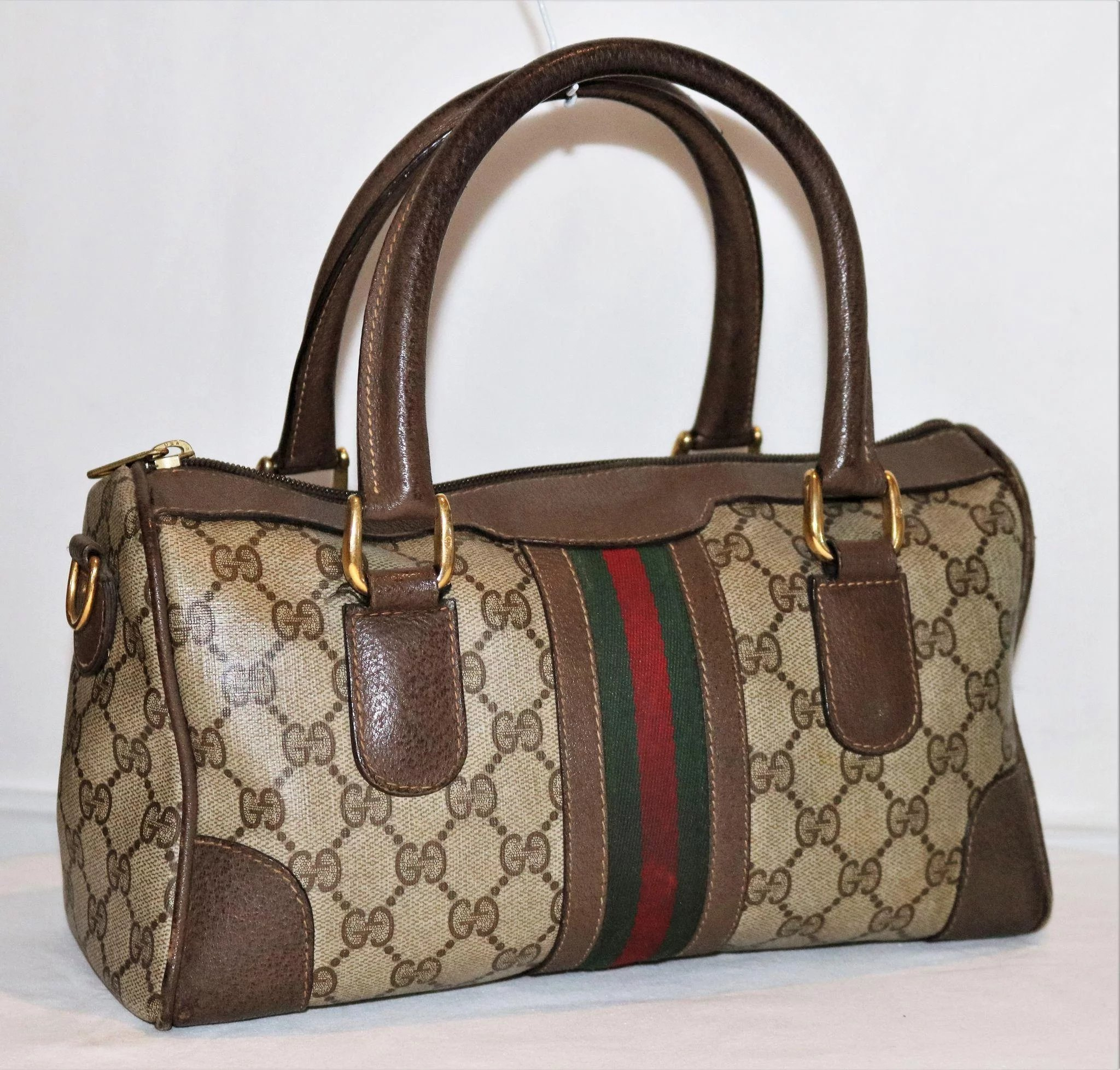 01b8408ced7 Vintage Gucci Boston Bag Rare Medium Model. Click to expand
