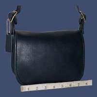 1960s Vintage Coach Classic Shoulder Bag Small Edition