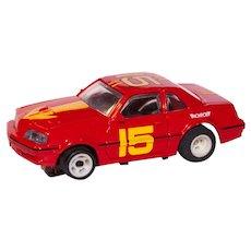 Vintage Amrac 1986 Ford Thunderbird #15 HO Slot Racing Car