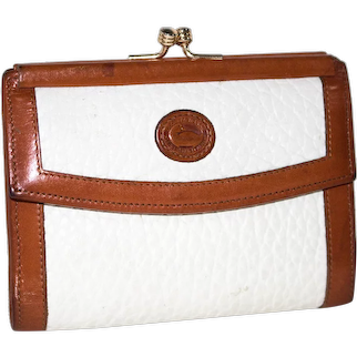 Vintage Dooney & Bourke All Weather Leather Small Credit Card Wallet.