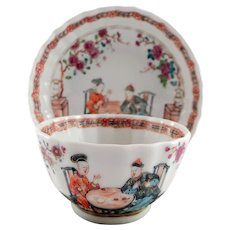 18th C. Chinese export porcelain cup and saucer with Chinese couple drinking tea