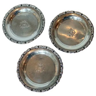 Three Egyptian 900 silver dishes/ coasters